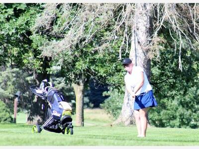 Saline Golfers Sweep Home Tri-Meet