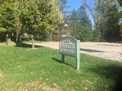Dexter Township talks rental home and 25 acres of landlocked land